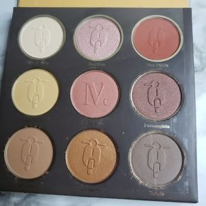 Nomad eye shadow pallets new not used